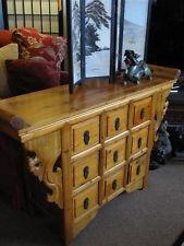Tibetan herb cabinet