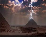 pyramid03